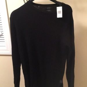 New thin material men's sweater